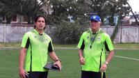 Tim pelatih Persib Bandung, Mario Gomez dan Fernando Soler. (Bola.com/Erwin Snaz)