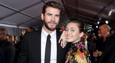 [Bintang] Miley Cyrus dan Liam Hemsworth