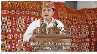 Menteri BUMN Erick Thohir menerima gelar adat dari Masyarakat Lampung.