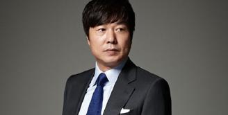 Belakangan ini dunia hiburan Korea digemparkan dengan kasus pecelehan seksual yang dilakukan oleh aktor Negeri Gingseng itu. Dan kini, nama Sun Woo Jae Duk dituduh melakukan pelecehan seksual. (Foto: Soompi.com)