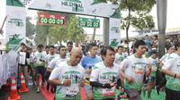 Ribuan massa peserta Santri Milenial Run 2019 (Liputan6.com/Jayadi Supriadin)