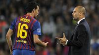 Gelandang Barcelona Sergio Busquets dan Pep Guardiola (beinsports)