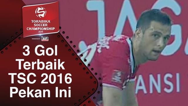 Video 3 gol terbaik Torabika Soccer Championship pekan ke-1.