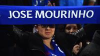 Manajer Chelsea, Jose Mourinho, mengaku terkesan dengan dukungan dari para fans.