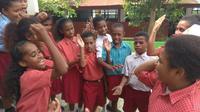 Pelajar di Papua. (Liputan6.com/Katharina Janur)