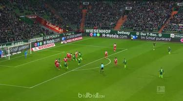 Berita video highlights Bundesliga 2017-2018, Werder Bremen vs Mainz 05, dengan skor 2-2. This video presented by BallBall.