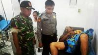 Nasib memilukan menimpa empat orang petani warga Desa Cikakak Kecamatan Banjarharjo, Kabupaten Brebes, menjadi korban tersambar petir, Jumat (14/12) petang. (Liputan6.com/ Fajar Eko).