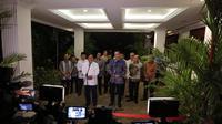 Capres Nomor Urut 02, Prabowo Subianto dan Komandan Kogasma Partai Demokrat Agus Harimurti Yudhoyono Memberikan Keterangan Pers Usai Menggelar Pertemuan. (Foto: Bintang Radityo)