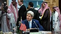 Menlu AS John Kerry bertemu dengan pemimpin negara-negara Arab dan Turk. (BBC)