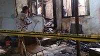 Kebakaran hebat melanda rumah salah satu warga Kota Palembang Sumsel (Liputan6.com / Nefri Inge)