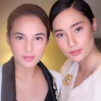 Chelsea Island an Tatjana Saphira semakin sering disebut seperti anak kembar. Sama-sama cantik, keduanya juga memiliki paras yang serupa jika diperhatikan. Dan beberapa foto ini membuktikan bahwa keduanya memang mirip. (Instagram/ryanogilvy)