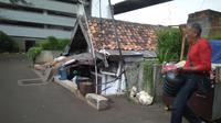 Ditawar 2,5 Miliar, Pemilik Rumah Usang di Halaman Apartemen Thamrin Tak Mau Pindah (Merdeka/Muhammad Genantan Saputra)