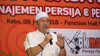 Direktur Utama Persija Jakarta, Gede Widiade, bicara saat buka bersama Persija dengan The Jakmania di Kemayoran, Rabu (6/6/2018). (Dok. Media Persija)