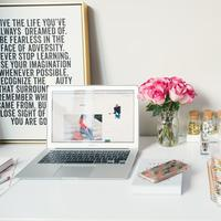 Ternyata, meja kerja bisa gambarkan kepribadian seseorang. (Foto: Unsplash)