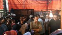 Calon presiden petahan Jokowi blusukan ke Pasar Suci Cihaurgeulis, Kota Bandung. (Liputan6.com/Titin Supriatin)