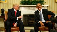 Presiden AS Barack Obama bertemu dengan Presiden terpilih Donald Trump di Gedung Putih, Washington, AS, Kamis (10/11). Meski saat kampanye Obama berseberangan dengan Trump, kini ia meminta rakyat AS untuk mendukung Trump (REUTERS / Kevin Lamarque)