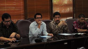 Kementerian Agama mengadakan diskusi dengan SETARA Intitute terkait kolom agama, Jakarta, Senin (10/11/2014) (Liputan6.com/Faizal R Syam)