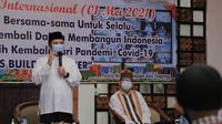 """Wali Kota Tangerang Arief R. Wismansyah dalam acara yang mengusung tema """"May Day Is Build Together"""" di Pusat Pemerintahan Kota Tangerang, Sabtu (1/5)."""