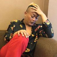 Komedian dan pemeran Sule sedang dalam masalah keluarganya. Sule beberapa waktu lalu digugat cerai oleh istrinya, Lina di Pengadilan Agama Cimahi Jawa Barat. (Instagram/ferdinan_sule)