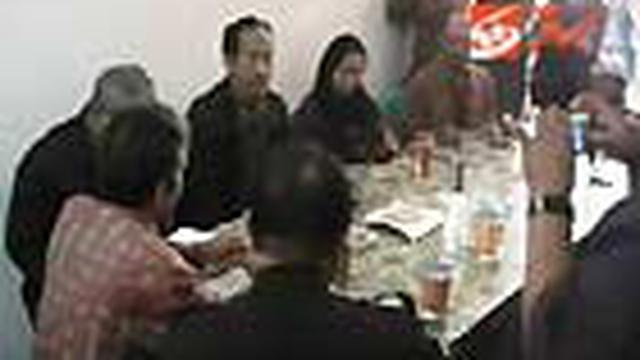 Tim Komnas HAM menindaklanjuti kerusuhan Mojokerto, Jatim, dengan menurunkan tim. Tim Komnas HAM sempat ditolak saat akan bertemu korban di rumah sakit.