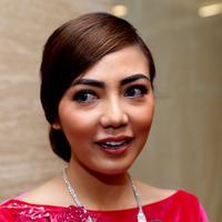 Aktris cantik berdarah Batak ini merupakan pasangan dari Hamzah Nasution dan Agustini. (Wimbarsana/Bintang.com)