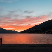 Matahari terbit di New Zealand. (Foto: Tyler Lastovich from Pexels)