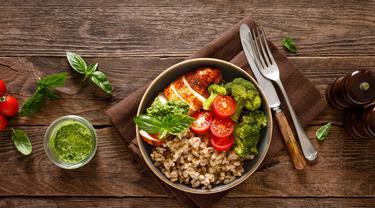 Cara Menurunkan Berat Badan 10kg Dalam Seminggu Secara Alami Tanpa Olahraga Lifestyle Fimela Com
