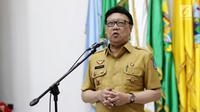 Mendagri, Tjahjo Kumolo memberikan sambutan pada acara serah terima surat penugasan Pelaksana Tugas (Plt) Gubernur Aceh dan Bupati Bener Meriah di Kemendagri Jakarta, Senin (9/7). (Liputan6.com/Herman Zakharia)