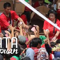 Bagaimana pendapat perempuan soal pembagian sembako massal yang sering diadakan di Indonesia? (Liputan6.com/Arya Manggala)