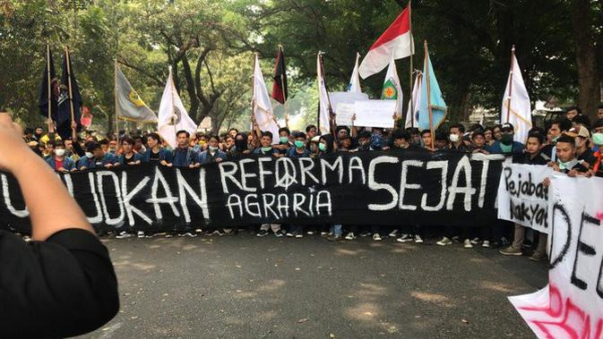 Aksi mahasiswa di Palembang. (Merdeka.com)