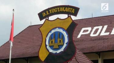 Seorang wasit melaporkan berbagai kecurangan dalam pertandingan Sepak Bola Liga 2 kepada Satgas Antimafia Bola.