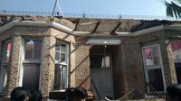 Sebuah rumah disegel pemerintah kota Bandung karena pembangunannya tak sesuai aturan perda