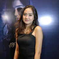 Selain antusias, perempuan yang pernah diisukan pacaran dengan Aldi CJR ini juga mengaku tertantang saat memainkan perannya di film Ghost. Untuk itu, ia perlu melakukan penyesuaian terhadap beberapa hal. (Adrian Putra/Bintang.com)