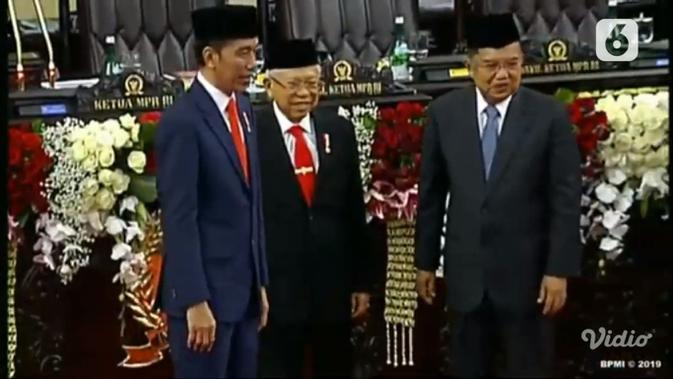 Presiden Jokowi dan Wapres Ma'ruf Amin bersama Jusuf Kalla. (Liputan6.com)