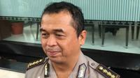 Kombes Polisi Frans Barung Mangera Kabid Humas Polda Jatim. (Foto: Denza suarasurabaya.net)