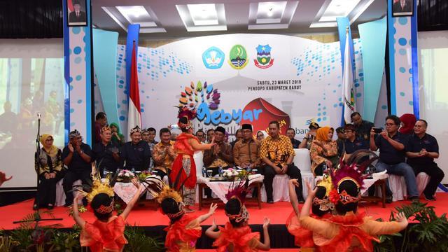 Mimpi Ridwan Kamil Mengonsentrasikan Pengajaran di Satu Lokasi