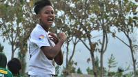 Pemain Arema FC Putri, Jasmine Sefia. (Bola.com/Iwan Setiawan)