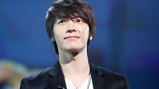 Terlalu Lelah? Donghae `Super Junior` Jatuh Sakit - ShowBiz Liputan6.com
