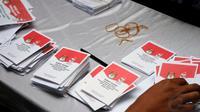 Ketujuh anggota KPPS tersebut diduga dengan sengaja merusak sebanyak 30 surat suara sehingga TPS 41 harus melakukan pencoblosan ulang.