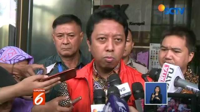 Mantan Ketum PPP Romahurmuziy, pertama kali penuhi panggilan KPK pagi tadi.