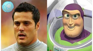 Video pemain sepak bola terkenal yang mempunyai wajah mirip dengan tokoh kartun anak-anak, salah satunya Julio Cesar kiper asal Brazil ini mirip dengan Buzz Lighyear tokoh kartu dari film Toy Story.