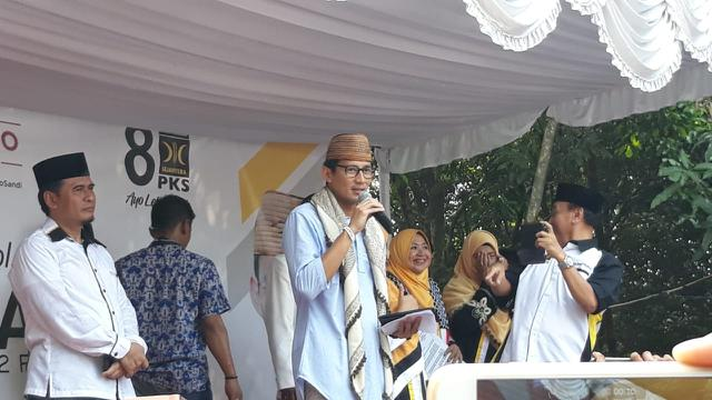 Sandiaga Uno saat memberi sambutan di Komplek Islamic Village, Kelapa Dua Kabupaten Tangerang