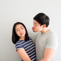 Hati-hati dengan pria perayu./Copyright shutterstock.com