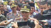 Kapolrestabes Bandung, Kombes Pol Hendro Pandowo, berjanji akan mengusut tuntas kematian suporter Persib Bandung (Kukuh Saokani/Liputan6.com)