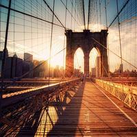 Brooklyn Bridge, New York, Amerika Serikat. (sushicomcha.wordpress.com)