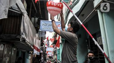 FOTO: Aktivitas Warga Pademangan Timur Sambut HUT ke-75 RI