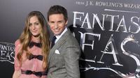 Pemenang Oscar tersebut akhirnya dianugerahi anak kedua bersama dengan istrinya, Hannah Bagshawe. (ANGELA WEISS / AFP)