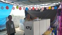 Pemungutan suara berlangsung di salah satu TPS di Sulut (Liputan6.com/ Yoseph Ikanubun)