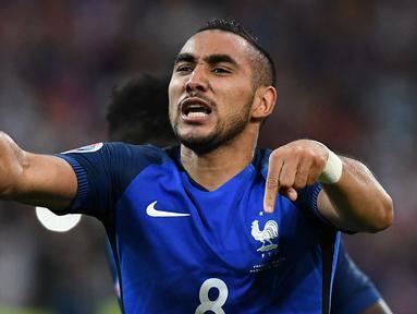 Prancis menaklukkan Albania, 2-0, pada pertandingan Grup A Piala Eropa 2016 di Stade Velodrome, Marseille, Kamis (16/6/2016) dini hari WIB. (AFP/Franck Fife)