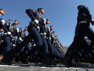 20160509-Perang-Dunia-II-Rusia-Reuters